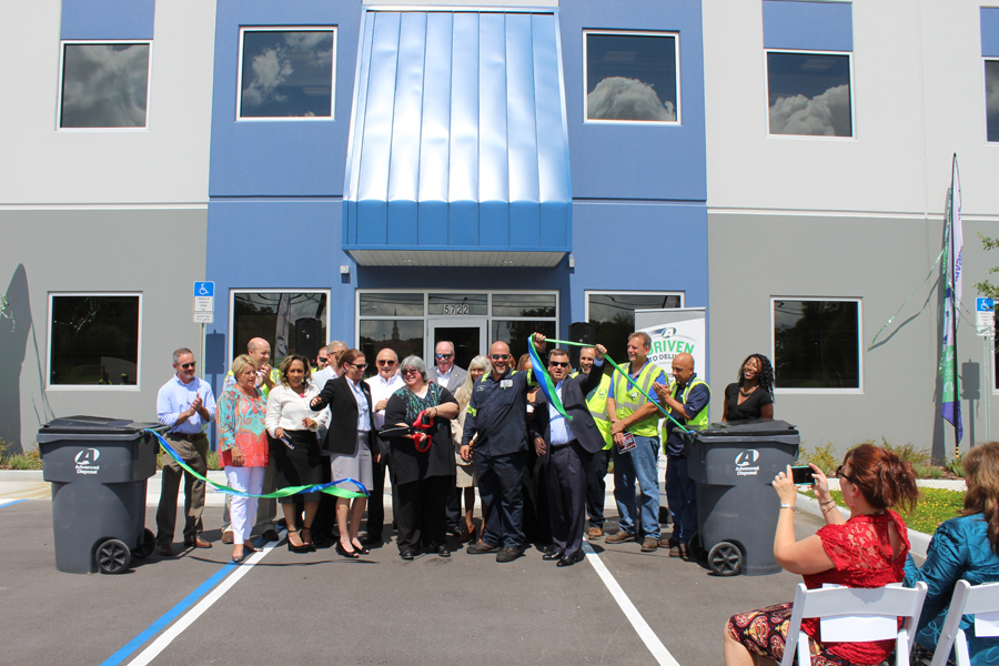 ADSW - Orlando Ribbon Cut 3833